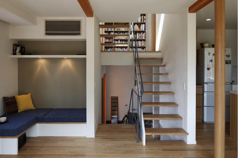 建築家:長浜信幸「公園を借景にしたスキップフロアの家」
