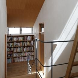 階段踊り場のライブラリー