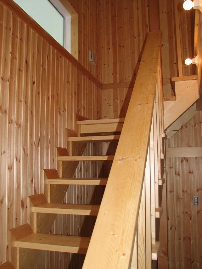 ロハスな家の部屋 階段室