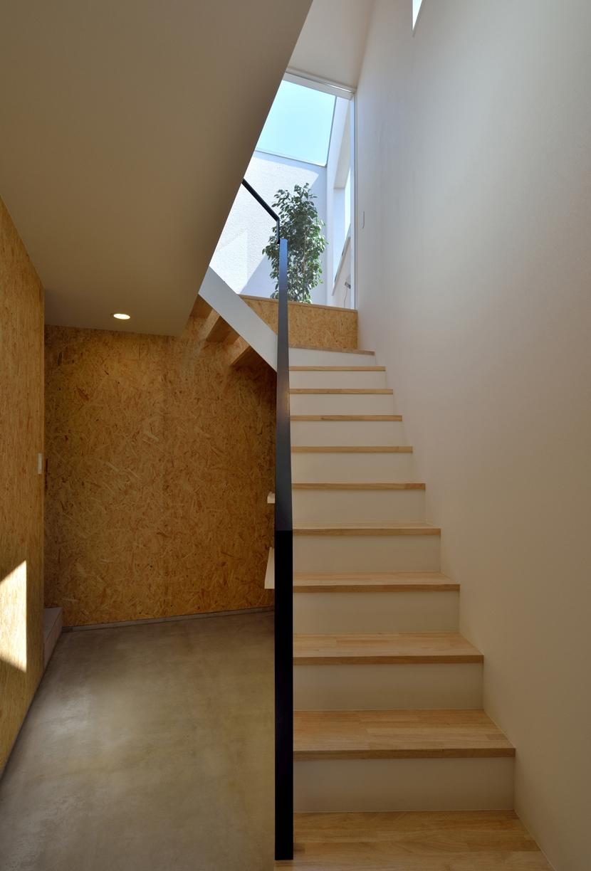 富沢の家の部屋 階段