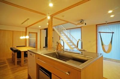 永久町の家 (キッチン)