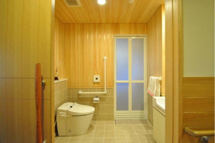 軽井沢の別荘の部屋 トイレ