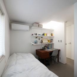 中野島の家 (ベッドルーム1)