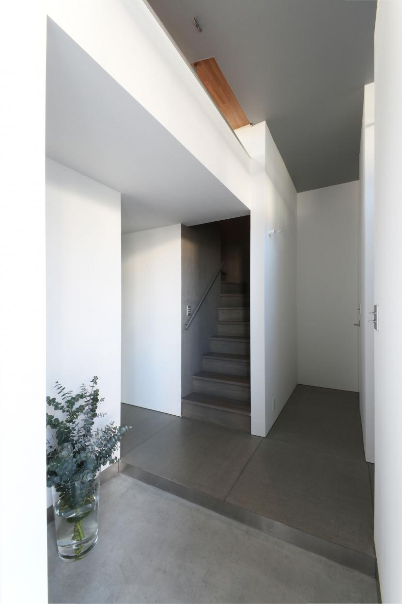 中野島の家の写真 玄関1