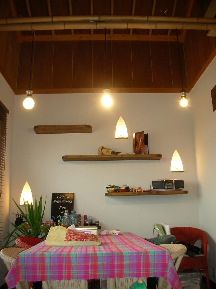 ジンバランに沈むバリの夕陽の部屋 食堂