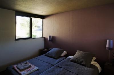 寝室 (L-HOUSE)
