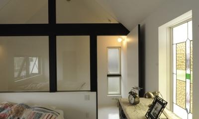 静岡の二世帯住宅  中庭に小屋を持つOUCHI-15 (親世帯寝室)