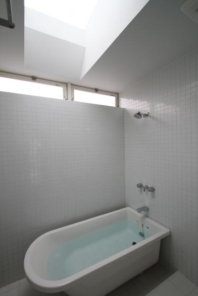 親世帯バスルーム (オウチ15・静岡の二世帯住宅)