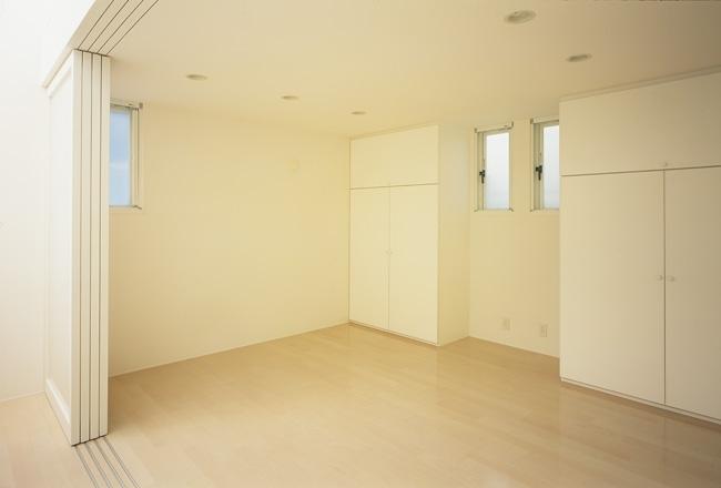 上石神井の家~囲まれた家の部屋 子供室1