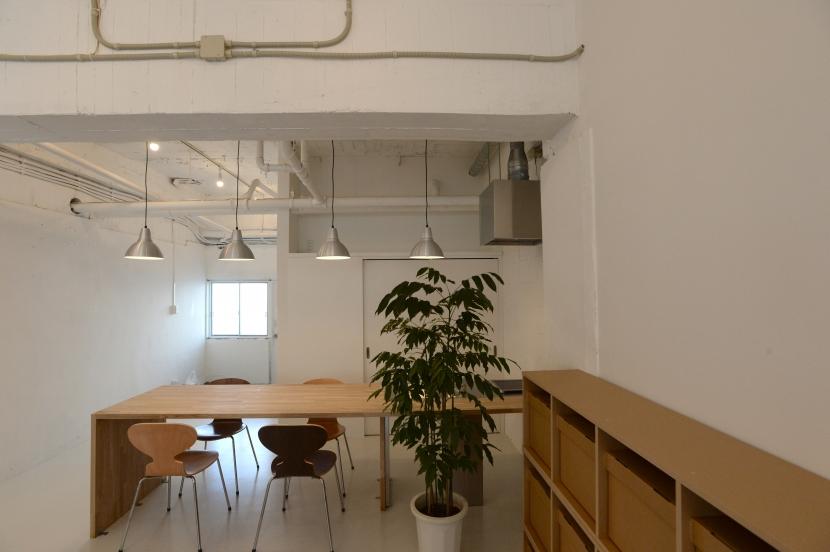 若竹ビル の シェアオフィス | coworking space in 5th Avenueの写真 ミーティングスペース