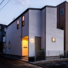 富士見坂の家 (外観夜景)