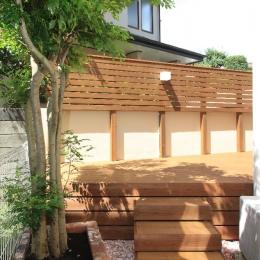 横浜市M邸:リ・ガーデン (ウッドデッキ)