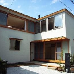 坪井町の家 (東・南側外観)