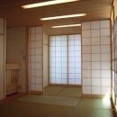 坪井町の家の写真 6帖と3帖に和室を仕切ることのできる引き込み障子