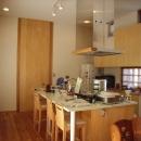 上本郷の家の写真 開放的なオリジナルキッチンカウンター