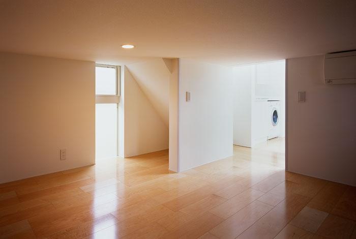 建築家:森 信人「東大和の家~3層の家」