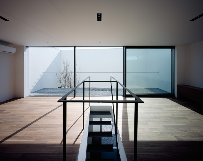 建築家:黒崎敏「RING」