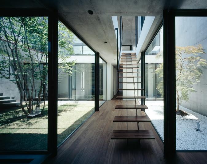 建築家:黒崎敏「STILL」