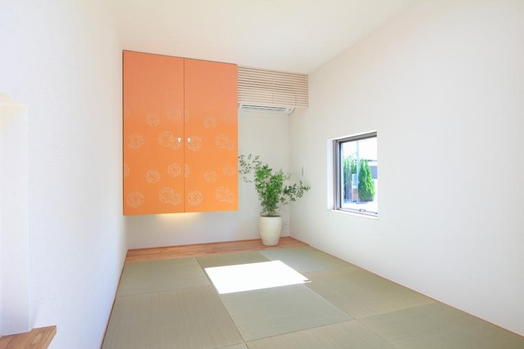 月見台のある家の部屋 和室