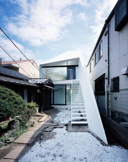建築家:黒崎敏「ARROW」