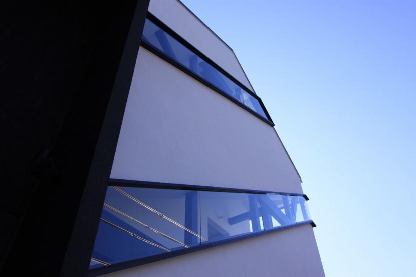斜め窓の家 OUCHI-06 (外観ディテール)