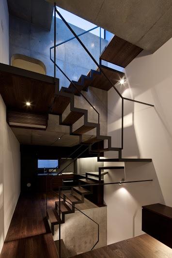 LATTICEの写真 階段