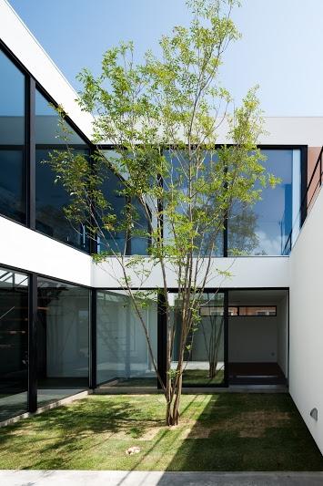 建築家:黒崎敏「FLEUVE」