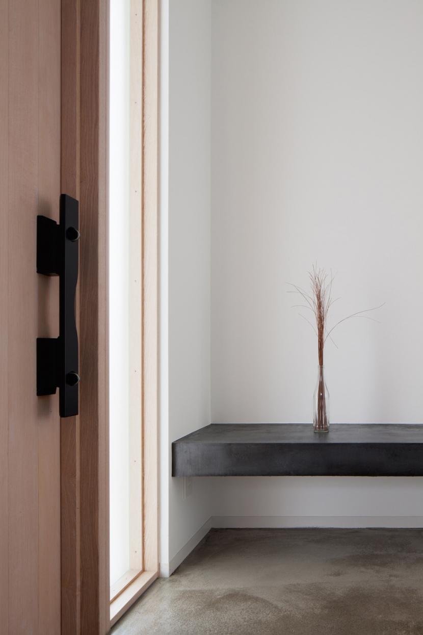 波紋の家の部屋 波紋の家 玄関