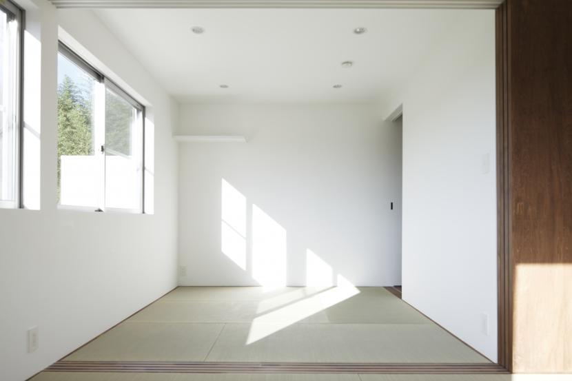 白い原石の家の部屋 白い原石の家 和室