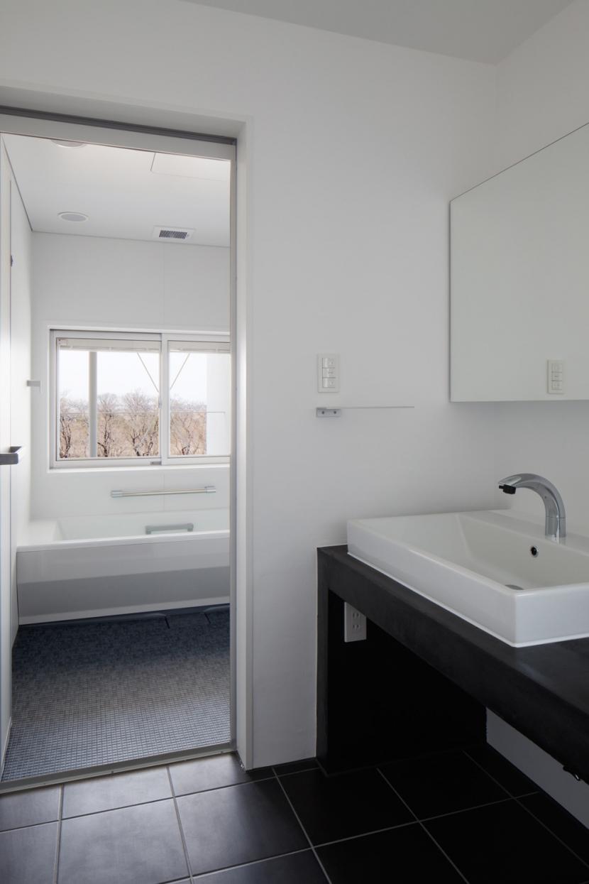 波紋の家の部屋 波紋の家 洗面所
