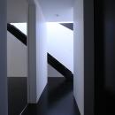 黒い床のホール