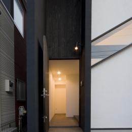 米松縦張の玄関ドア