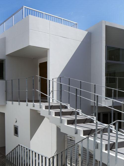 桜テラスの部屋 桜テラス 階段
