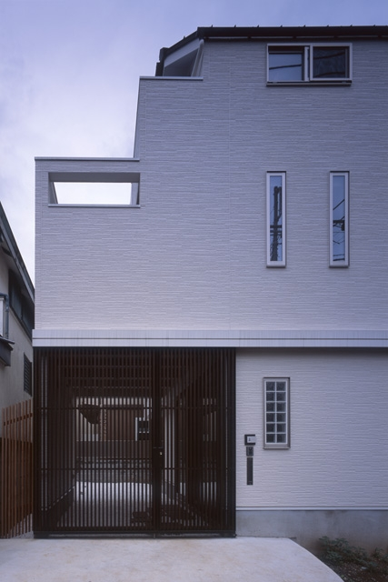 ホワイエのある家の写真 外観