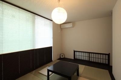 和室 (ホワイエのある家)