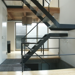 HATAZAOの家 (階段1)