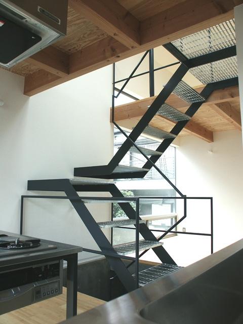 HATAZAOの家 (階段2)