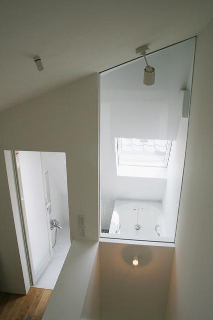 卯(うさぎ)玄関の家の部屋 バス2(上部)