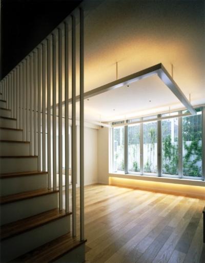 広尾ハウス (階段・リビング)
