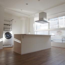 リフォーム・リノベーション会社 ROKUSAの事例「家族が集うキッチン」