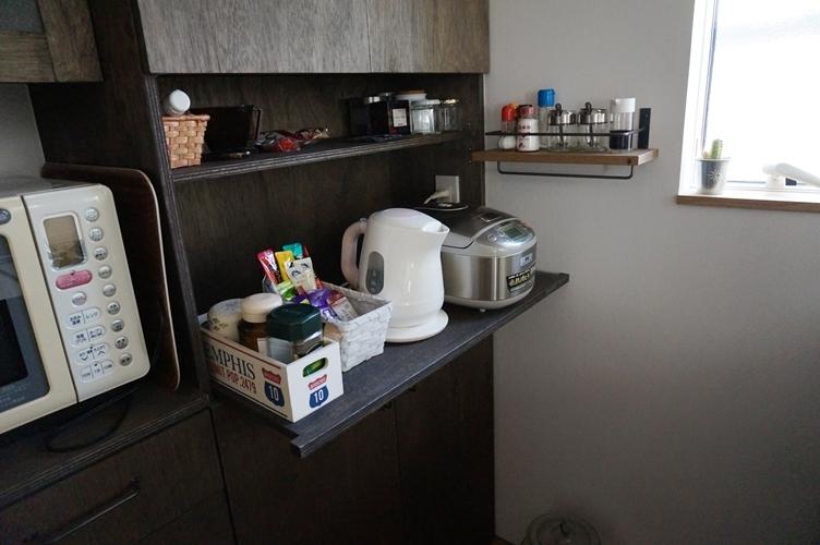 ナチュラルシックに暮らす家の部屋 キッチン収納
