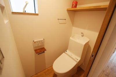 トイレ (ひだまり-前地の家-)