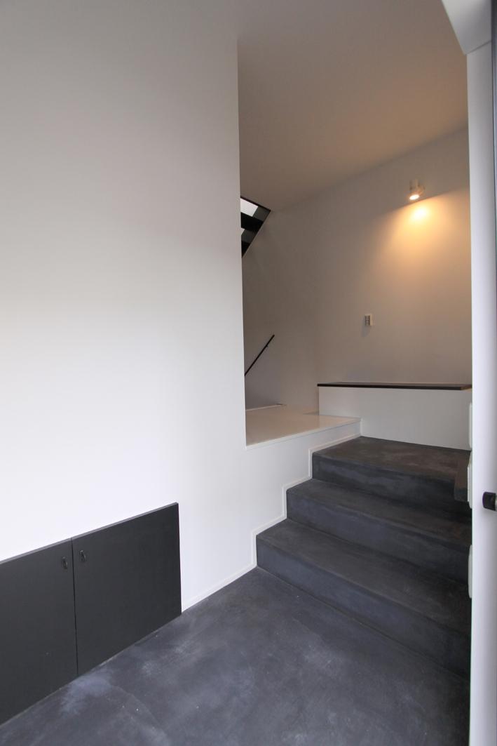 オウチ13・愛犬と暮らす家の部屋 スキップした玄関