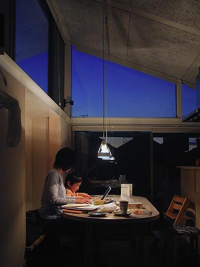 大庭明典「空とともに暮らす家」
