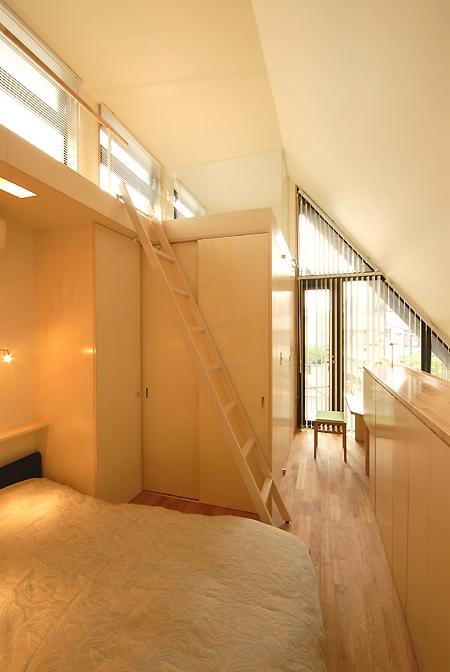 建築家:大庭明典「12坪の敷地にたつ3階建て」
