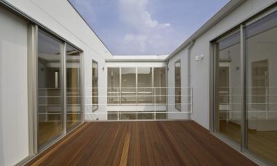 宿郷の家 (2階テラス)