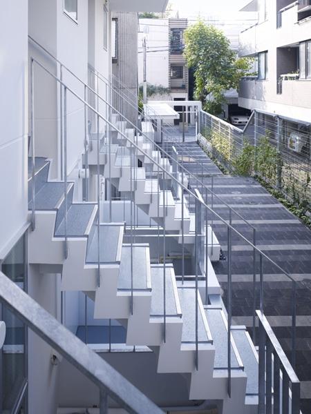 代々木ハウスの部屋 エントランス階段