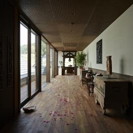 ギャラリーのような廊下