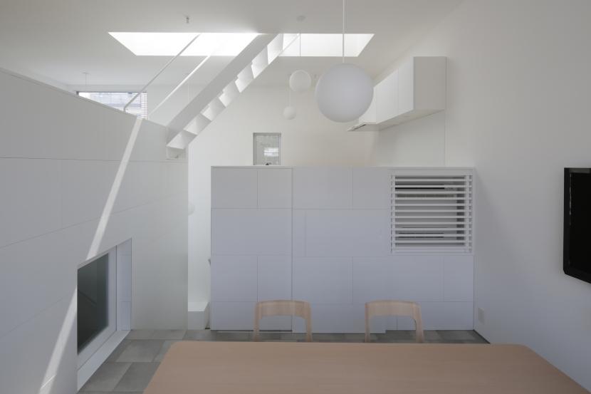 曙橋の家 / 都心の小さな家の写真 ダイニング / 明るいダイニング2