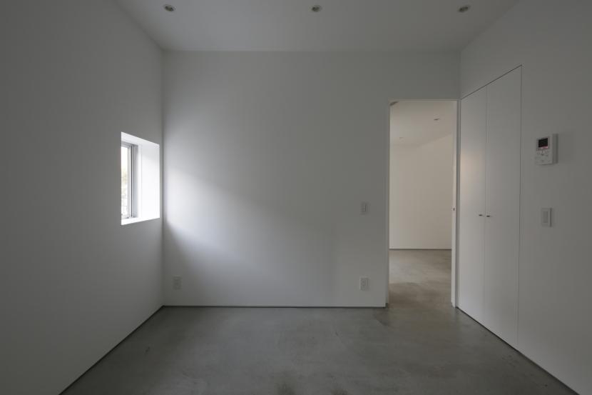 曙橋の家 / 都心の小さな家の写真 主寝室 / 静かな主寝室